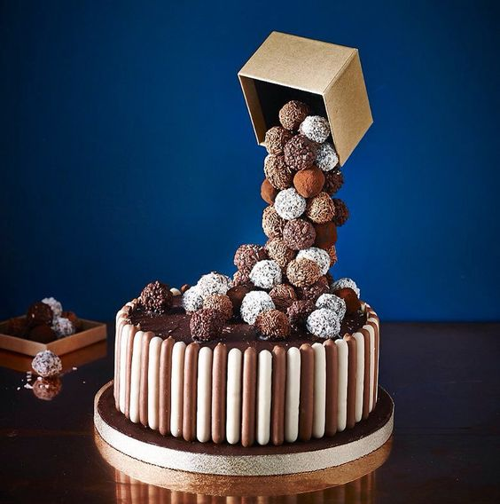 gravity-cake-2